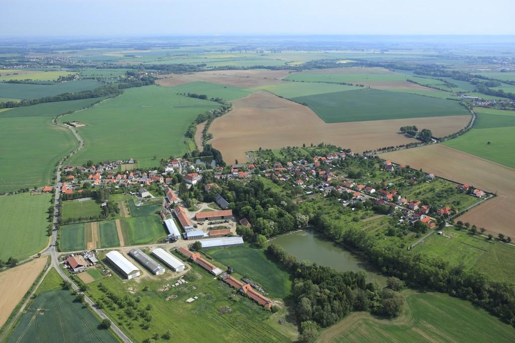 Letecký pohled na obec Kluky